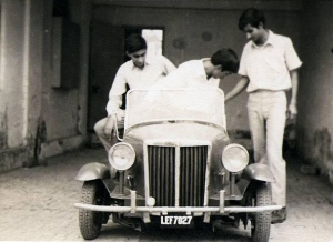 In 1967, a group of Pakistani high school kids designed the above-seen car all on their own. Dubbed as 'The first car made in Pakistan,' the car soon vanished from the country's memory but the students all ended up getting scholarships to prestigious American engineering universities.