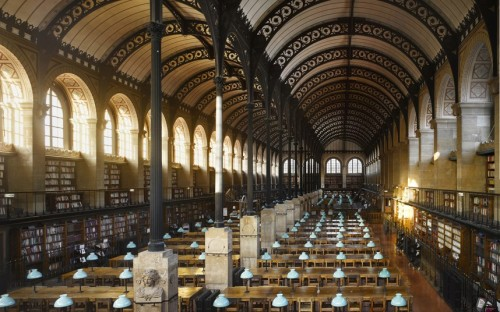 Constructed in the mid-19th century, the Sainte-Geneviève library's iron roof has echoes of the railway buildings of the time.